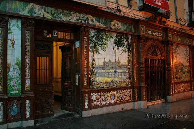 Mesón Villa Rosa en Huertas Madrid